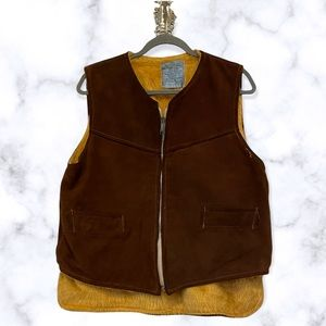 Vintage 1968 vest 100% Canadian Raw hide faux fur lining pockets zip brown large
